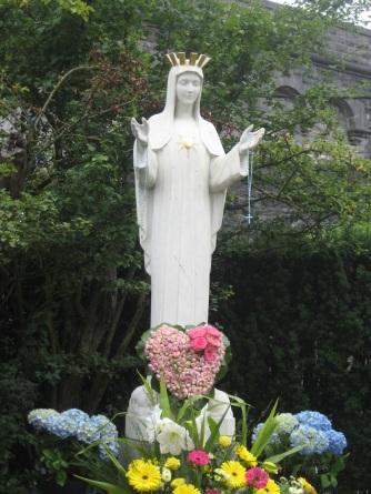 Vierge au Coeur d'Or - Beauraing